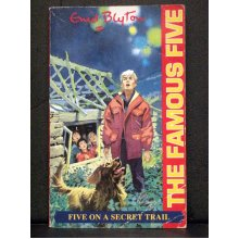 Five On a Secret Trail  Book 15 Famous Five - Used
