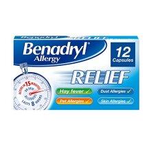 Benadryl Allergy Relief Capsules - Fast-Acting Antihistamine Capsules - Starts to work in 15 minutes - 12 Capsules