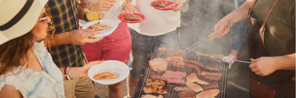 Big bbq grill up