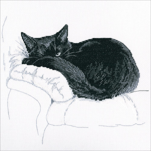 """RTO Counted Cross Stitch Kit 10.5""""X9.25""""-Among Black Cats (14 Count)"""