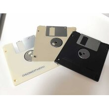 Used 3.5 inch 1.44MB floppy disk,Tested work well and can be formatted - Used