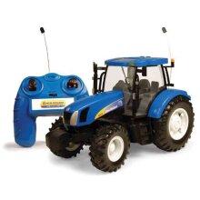 Britains Big Farm 1:16 New Holland T6070 Remote Control Tractor